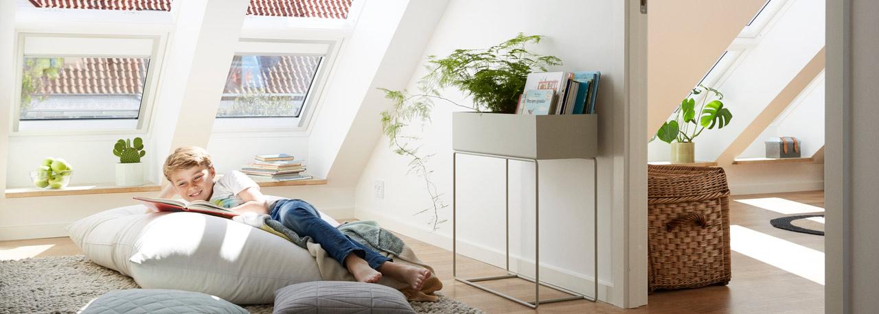 Finestre tetti finestre mansarda velux edilmutti for Prezzo velux integra