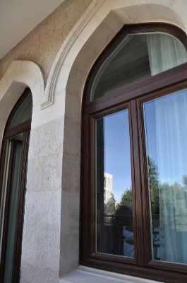 finestra-in-legno-modello-seta